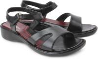 Senorita Flats: Sandal