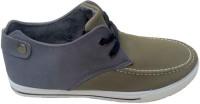 StyleToss Green Chukka Boots: Shoe