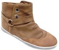 StyleToss Tan Boots: Shoe